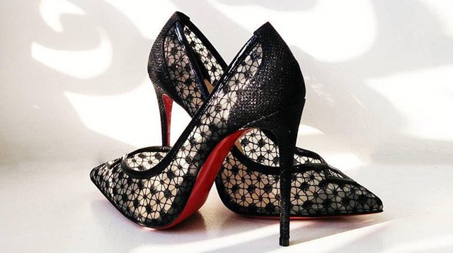 new concept 627e7 30554 This Is Why Louboutin Heels Have Red Soles