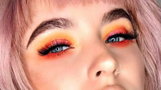 Sunset Eyeshadow Is The Latest Trend You Need To Try Right Now