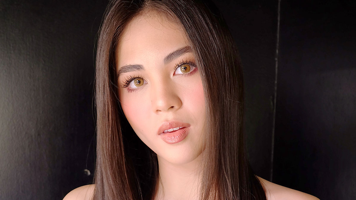 Janella Salvadors New Blunt Haircut Cosmo
