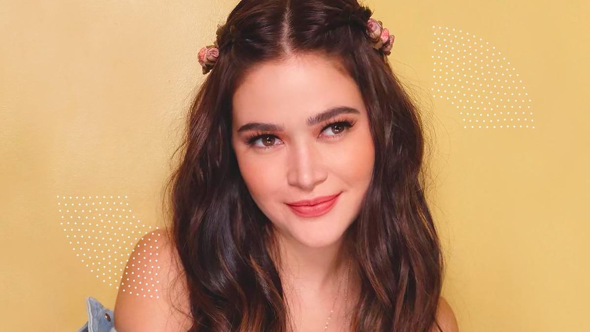 Bela Padilla Flower Hairstyle