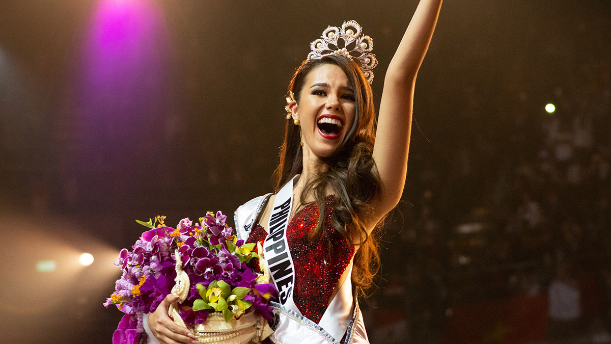 What Does Miss Universe 2018 Win?