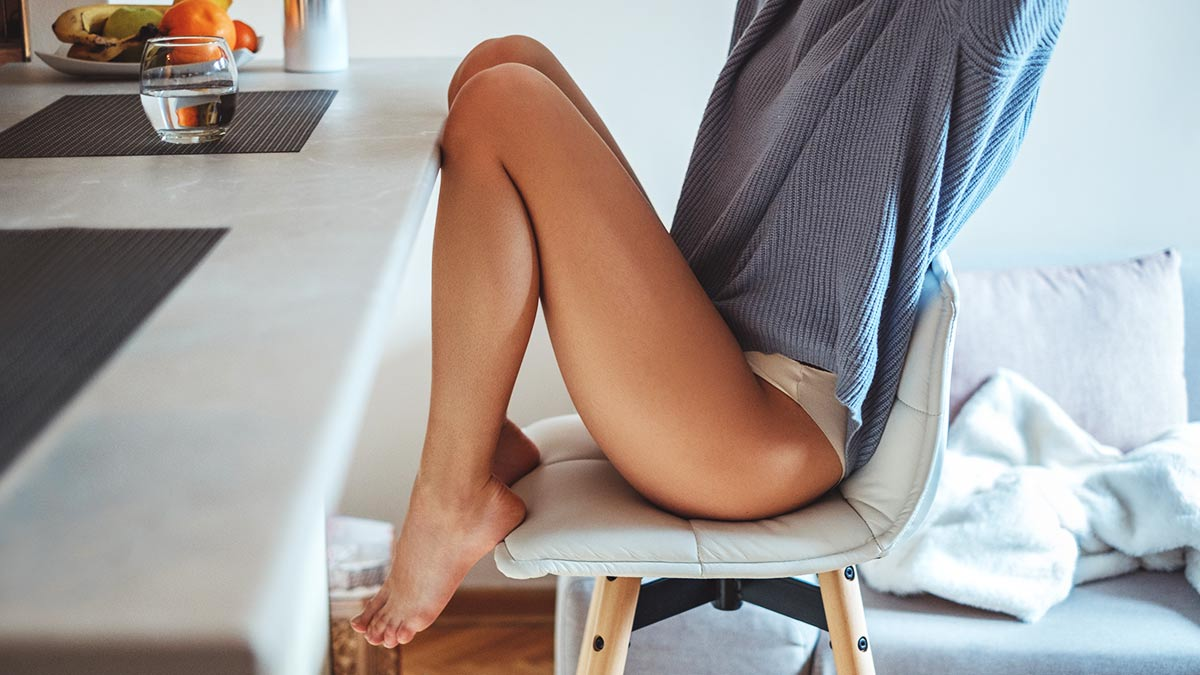 How To Whiten Knees Scars And Marks On Legs