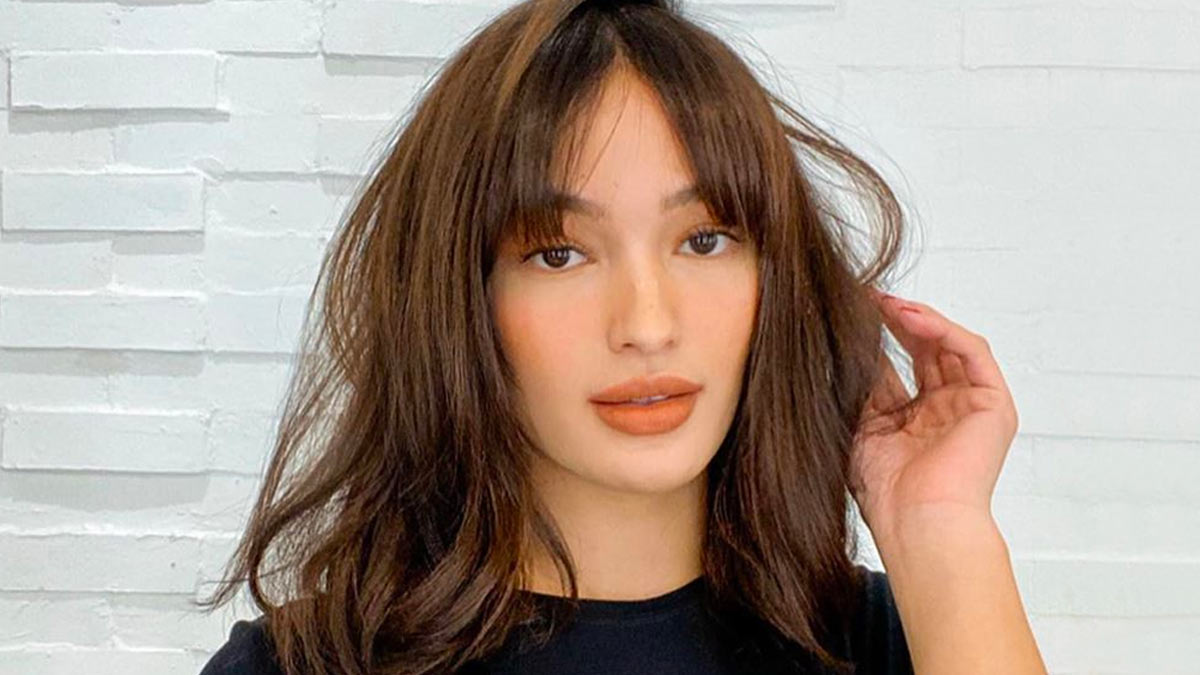 LOOK Sarah Lahbati\u0027s Bangs Hairstyle