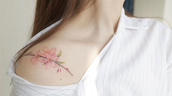Pretty Floral Tattoos For The Girly Girl