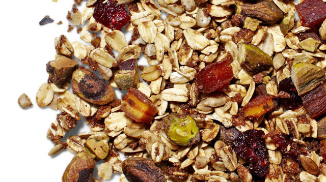 You Can Make Your Own Granola Bar And Trail Mix
