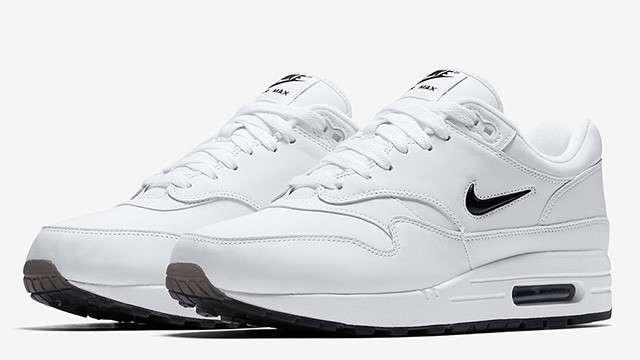 outlet store 6b8c7 caeb2 White Sneaker Aficionados Will Dig The Nike Air Max 1 Premium SC Jewel
