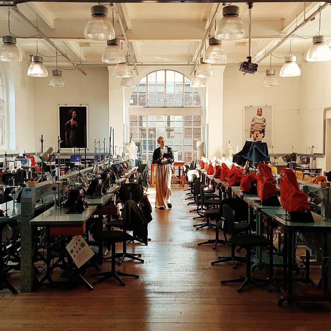 London school of fashion designing 56
