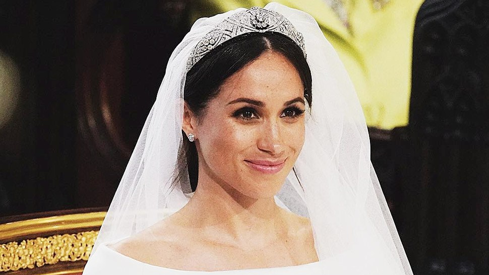 Meghan Markle Went Super Minimal With Her Wedding Hair And