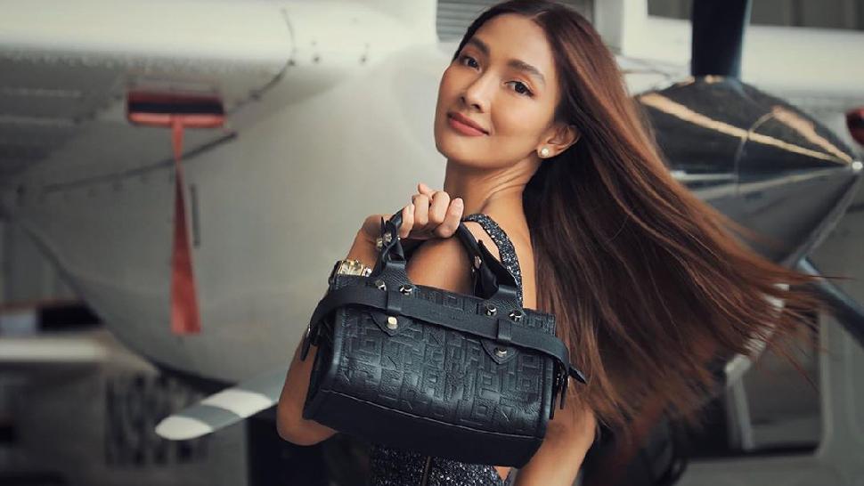 La Voyageuse: Longcamp's Chic New Monogrammed Bag