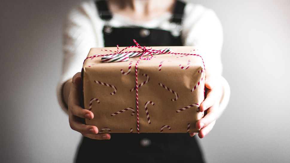 Gifts To Buy According to Zodiac Sign