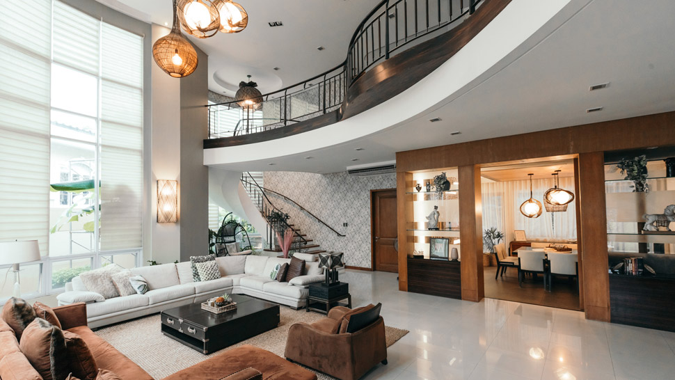 Modern Tropical Home In Quezon City