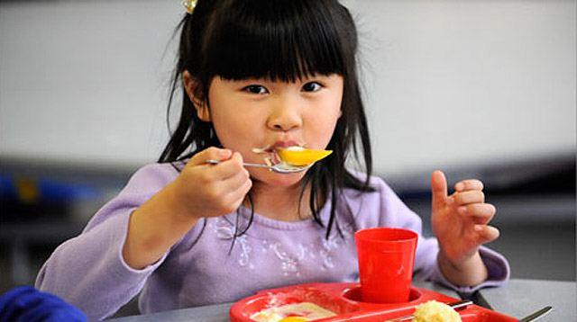 should school canteens sell junk food