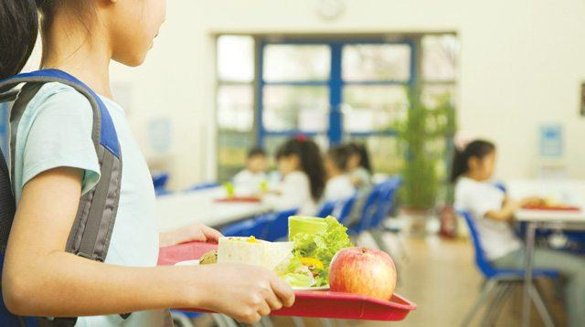 These Schools Serve Healthy Meals In Their Cafeteria