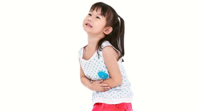 7 Signs You Need To Worry About Your Child's Stomach Ache
