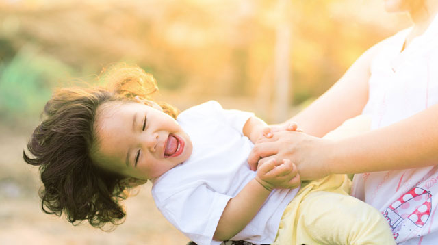 5 Unique Traits That Parents With Successful Kids Have, According To Science