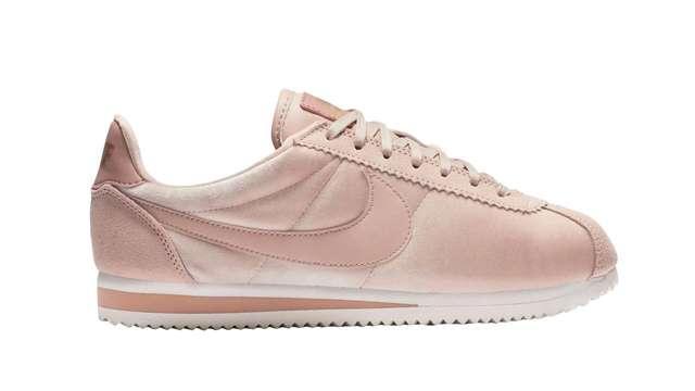 size 40 5c7c4 325da This Pastel-Pink Nike Cortez Pair Will Make You Blush