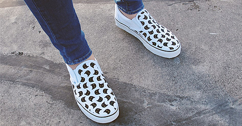 9c6c1be321d2 Vans cat-print sneakers are too cute