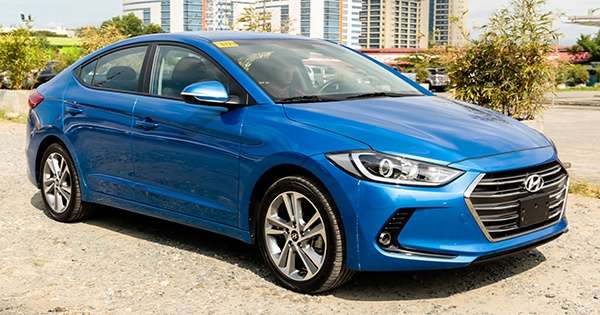 Review Hyundai Elantra 2 0 Gls At Price Specs