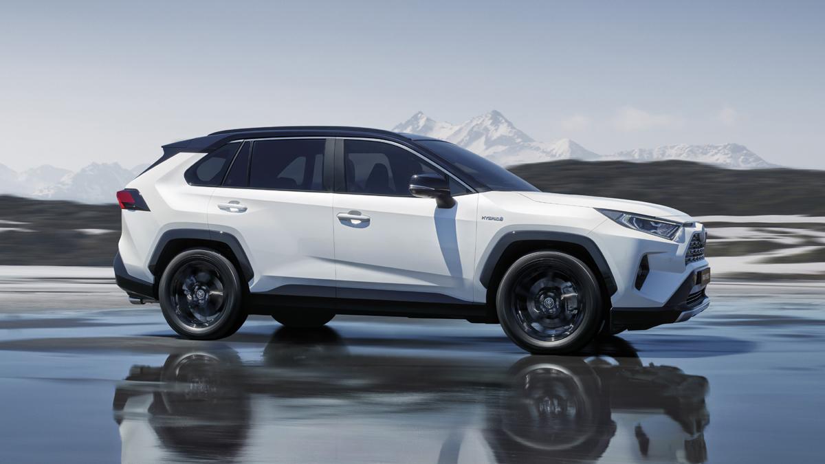 Rav4 Hybrid Offers Better Look At Toyota S Next Gen Crossover