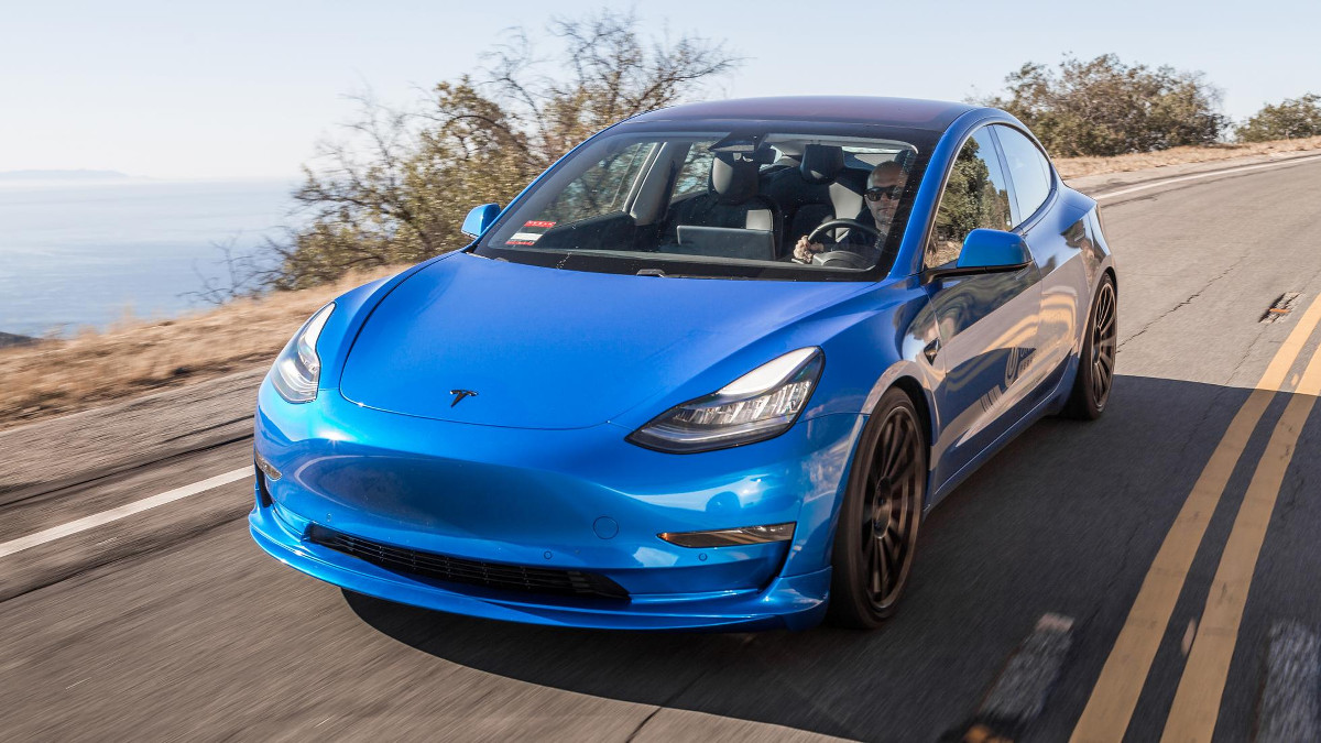2018 Tesla Model 3 Unplugged Performance Review Photos Features Specs