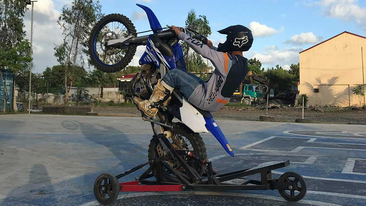 Motorcycle 101: Learning how to pop a wheelie