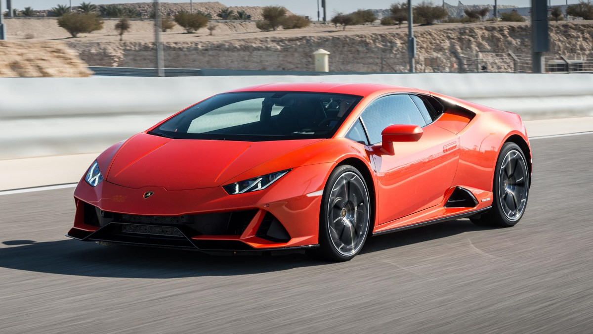 2019 lamborghini huracan evo review price photos. Black Bedroom Furniture Sets. Home Design Ideas