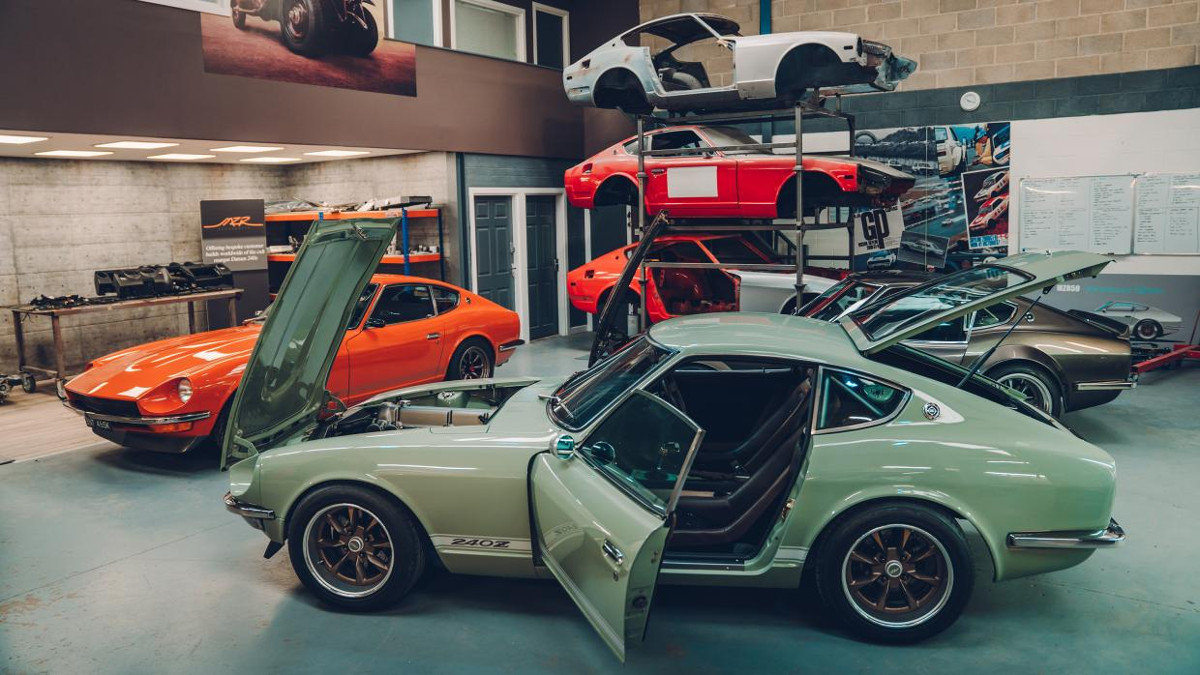 MZR Roadsports' Datsun 240Z is one of the satisfying