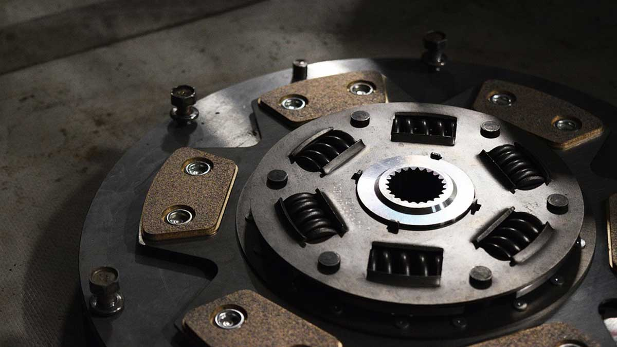 clutch signs seo 1559897421 - How Much Does It Cost To Get Your Clutch Replaced