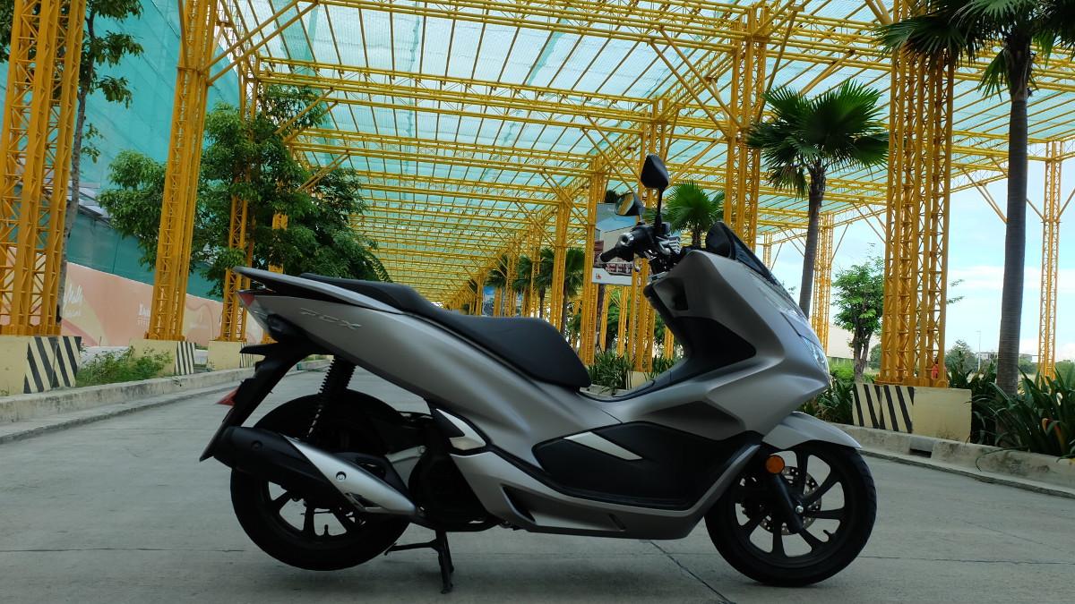 2019 Honda Pcx150 Review Price Photos Features Specs