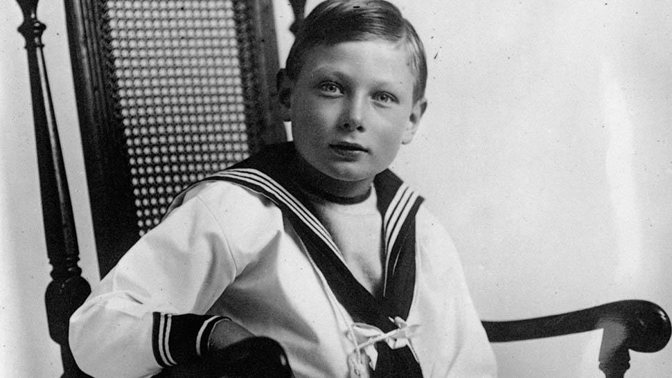 Royal Family Secrets - Who Was Prince John, Queen Elizabeth's Hidden