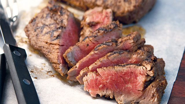 Spiced Tenderloin Planks With Roasted Bell Pepper Mayonnaise Recipe Yummy Ph