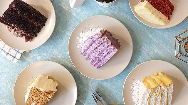 This Cafe Has Cakes for All Your Dessert Dreams!