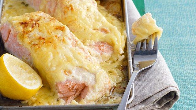 Cheesy Baked Salmon Recipe