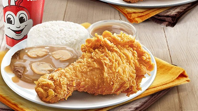 Jollibee Is Now Serving Chickenjoy And Burger Steak Value Meals