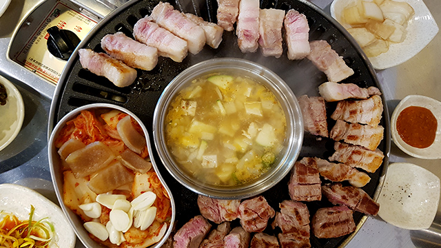 korean bbq master your grill in seven sauces