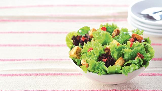 Crunchy Green Salad Recipe