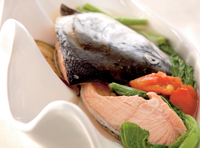 Sinigang Na Salmon Recipe How To Cook Sinigang Na Salmon