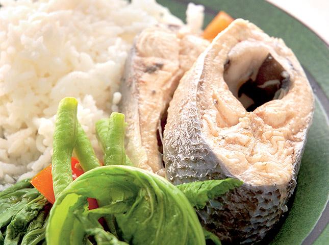 Sinigang Na Bangus Sa Bayabas Recipe Stewed Milkfish In Guava Soup