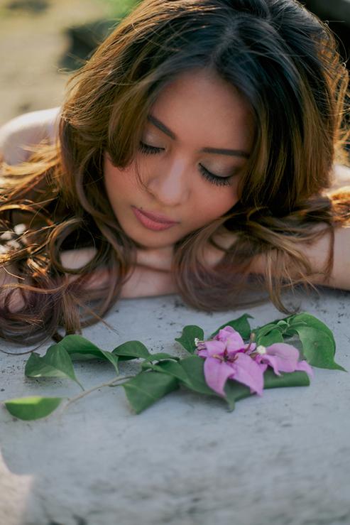 Featured Pre-debut: Vettina Villarica