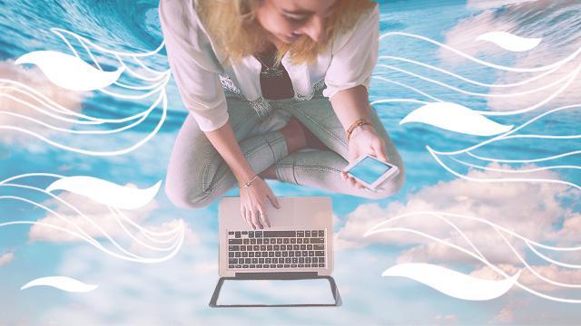 4 Signs You Need A Social Media Detox