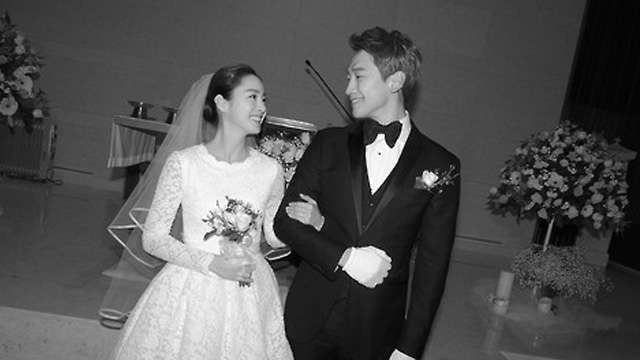 OMG Rain and Kim Tae Hee Got Married Today!