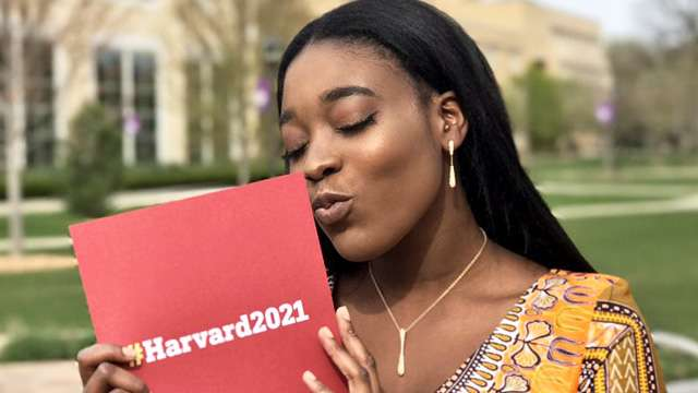 This Girl Went to Prom with Her Harvard Acceptance Letter