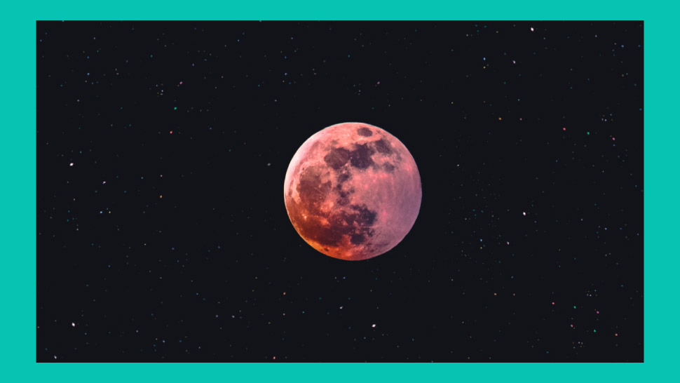 April's Giant Pink Supermoon Will Be The Brightest Moon Of 2020, And It's Happening This Week