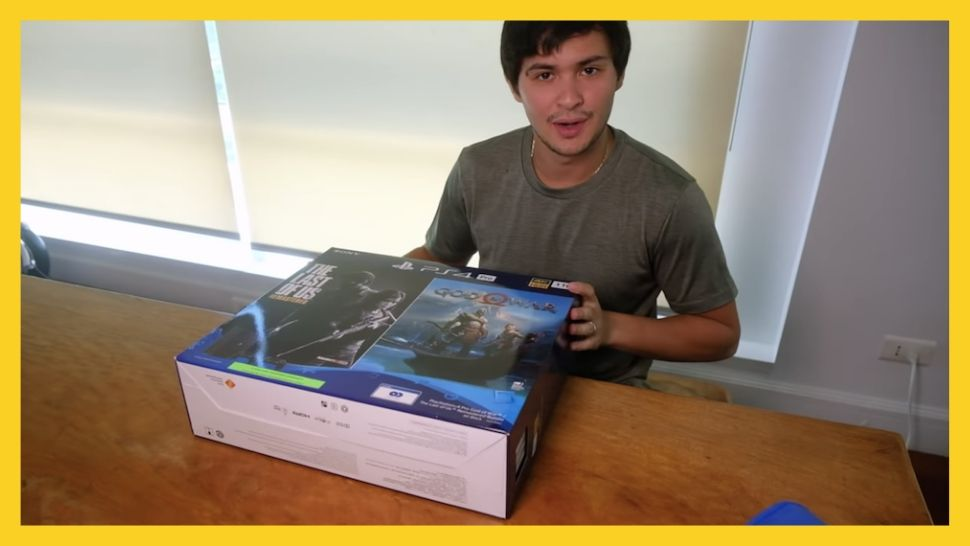 People Have Mixed Feelings About Matteo Guidicelli's Unboxing Video