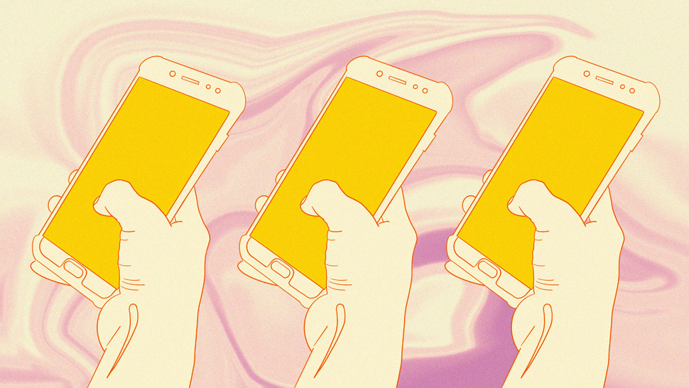How To Replace Toxic Thoughts When Scrolling Through Social Media