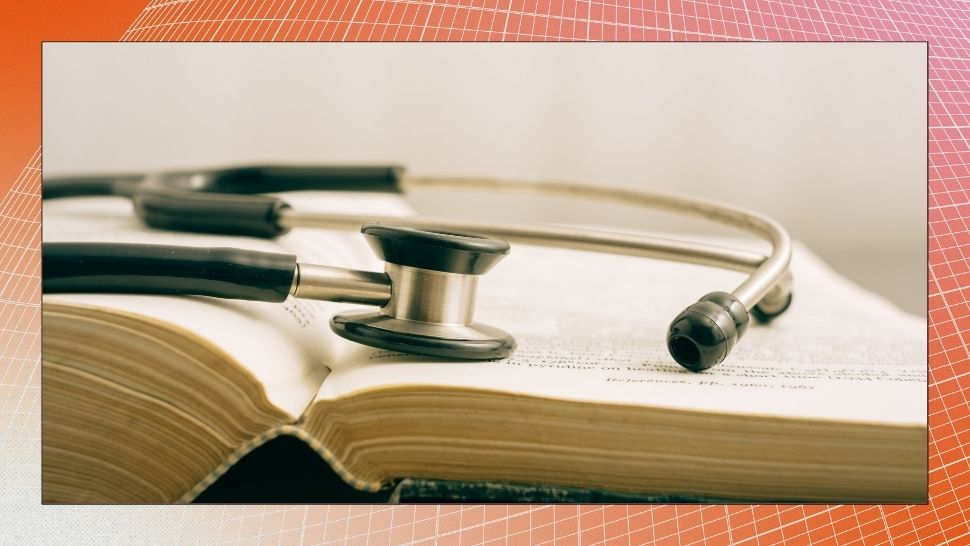 7 Medical Board Exam Topnotchers and Their Pre-Med Courses