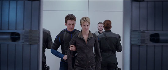 15 Seconds of Tris, Four, Caleb, Peter, and Jeanine From Insurgent