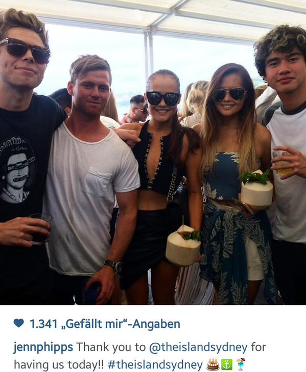 Jennifer Phipps with Calum Hood and Luke Hemmings in Sydney