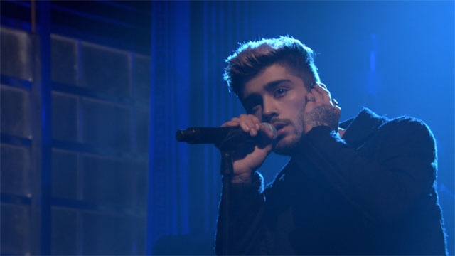 ZAYN Performs a New Track from His Solo Record For the First Time