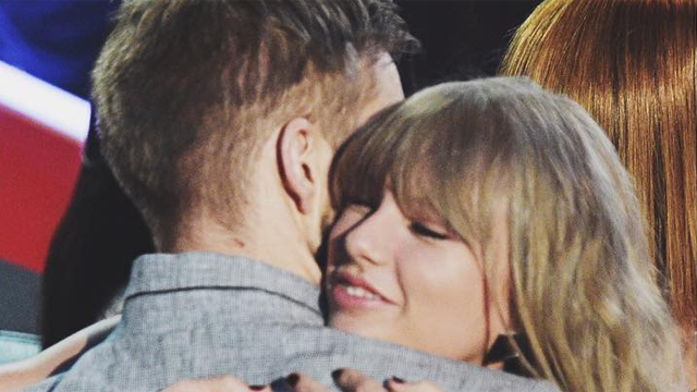 Taylor Swift Gushed About Boyfriend Adam Wiles at the #iHeartAwards